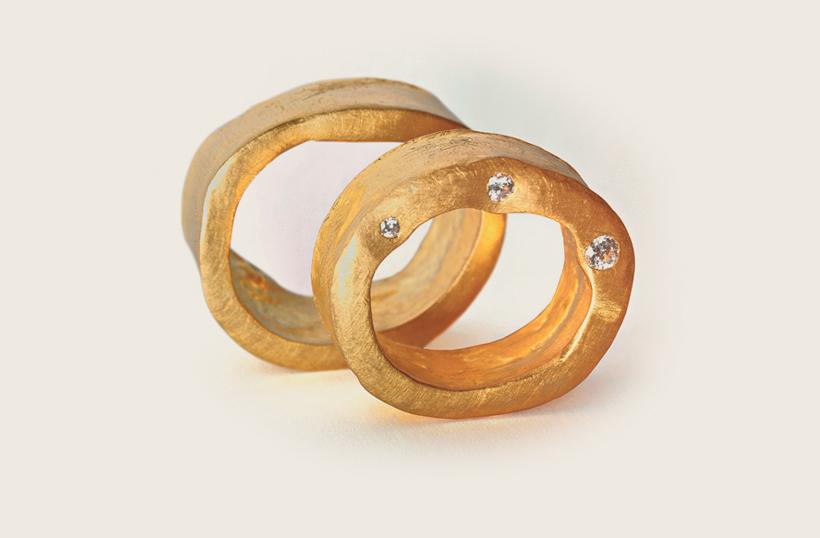 SKREIN* Eheringe, Trauringe und Partnerringe aus Fairem Gold